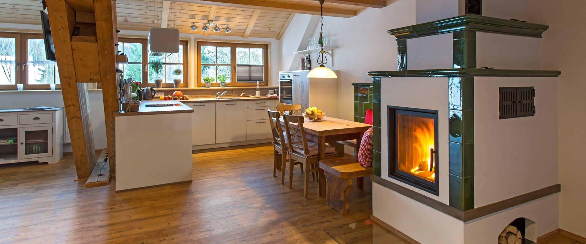 Ferienwohnung Kueche und Kachelofen / Griesbachhof-Schwarzwald