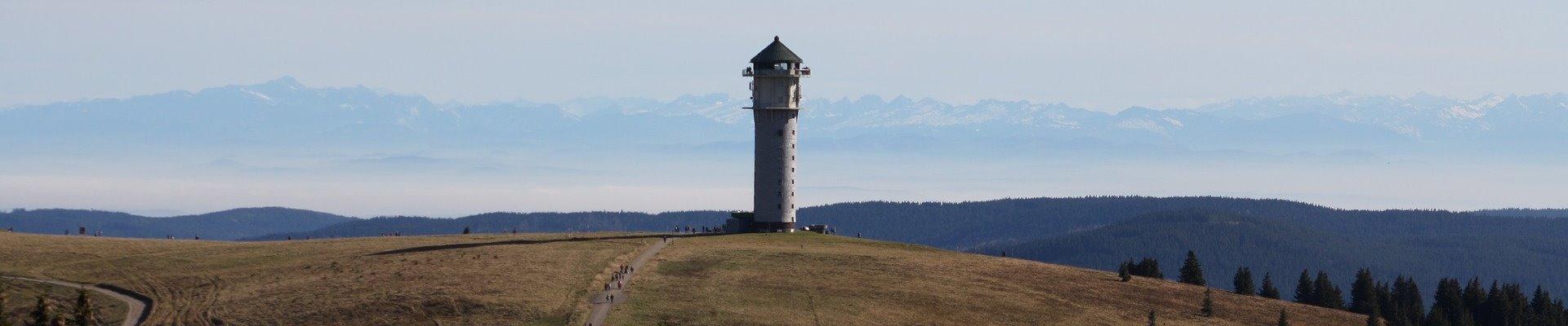 Erlebnis Slider 1920x400: Feldberg mit Feldbergturm