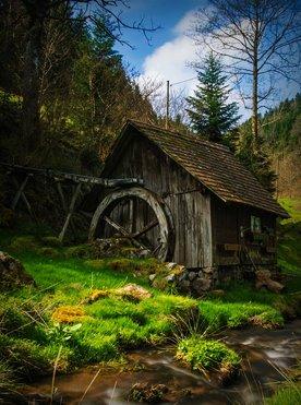 Willkommen Trailer Box Erlebnisse Attraktionen Tradition: Historische Mühlen im Schwarzwald