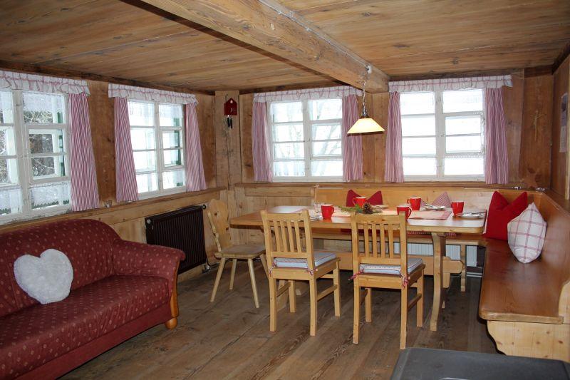Griesbachhof Ferienhaus Esszimmer Eckbank Durchreiche 002 Ferien Schwarzwald    Griesbachhof
