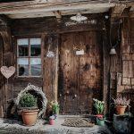 rustikale-eingangstuere-haeusle-Griesbachhof-Schwarzwald